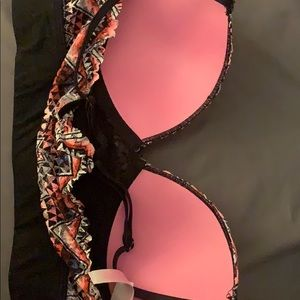 PINK Other - Pink sports bra! Lightly worn 2x! Size small